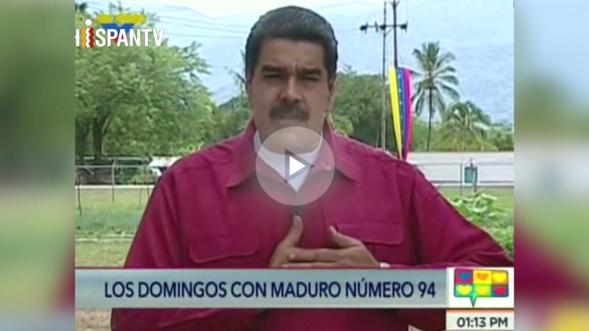 El dictador venezolano, Nicolás Maduro, apoyando a los independentistas catalanes contra Mariano Rajoy.