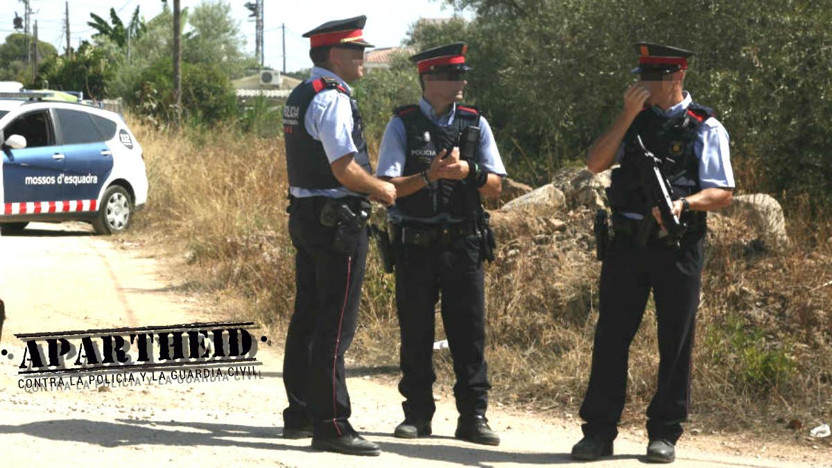 Agentes de los Mossos d'Esquadra en una intervención.