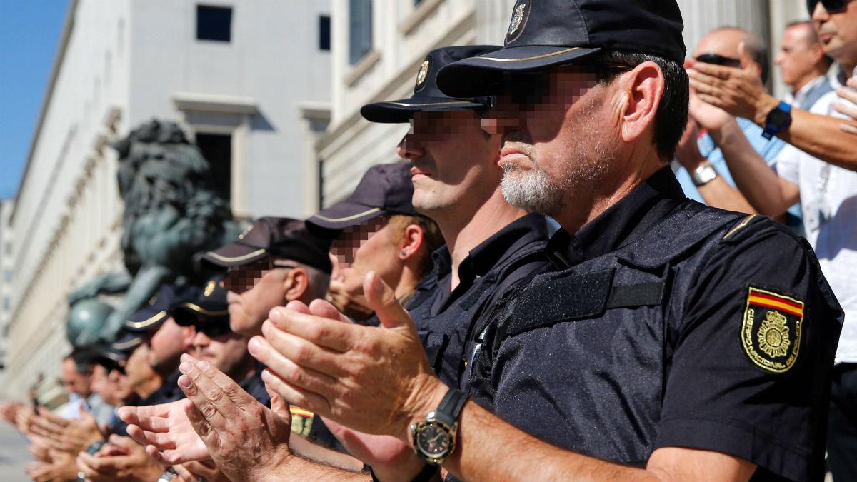 Agentes de la Policía Nacional  (EFE)
