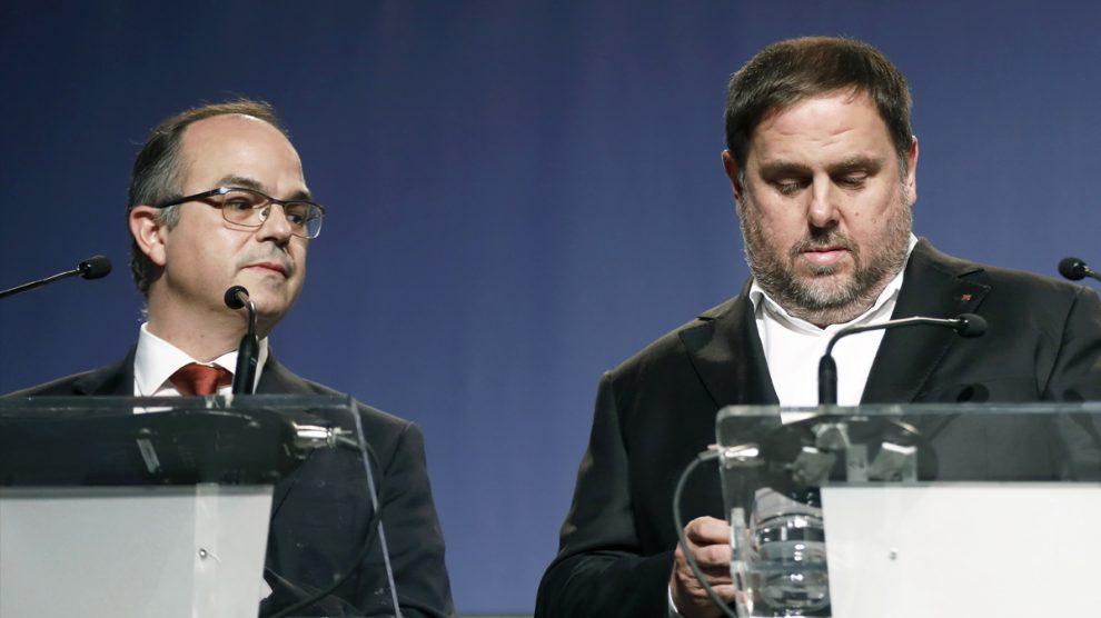Jordi Turull y Oriol Junqueras. (Foto: EFE)