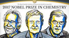 Jacques Dubochet, Joachim Frank y Richard Henderson, galardonados con el Premio Nobel de Química 2017. (Foto: @NobelPrize)