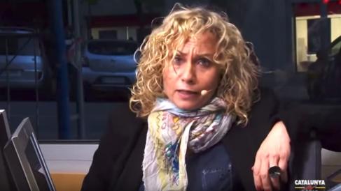 La periodista Mónica Terribas, en el estudio de Catalunya Ràdio.