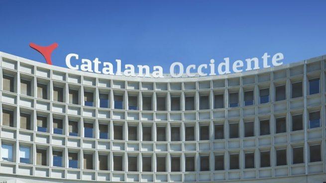 La aseguradora catalana occidente deja catalu a y pone for Catalana occidente oficinas