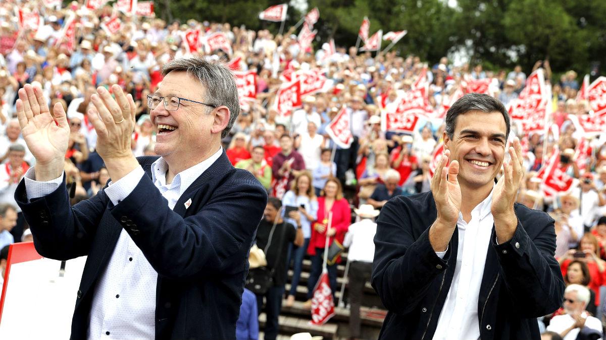 Sánchez junto a Ximo Puig en Valencia (Foto: Efe).