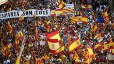 Manifestación de Barcelona por la unidad de España. (Foto: EFE)