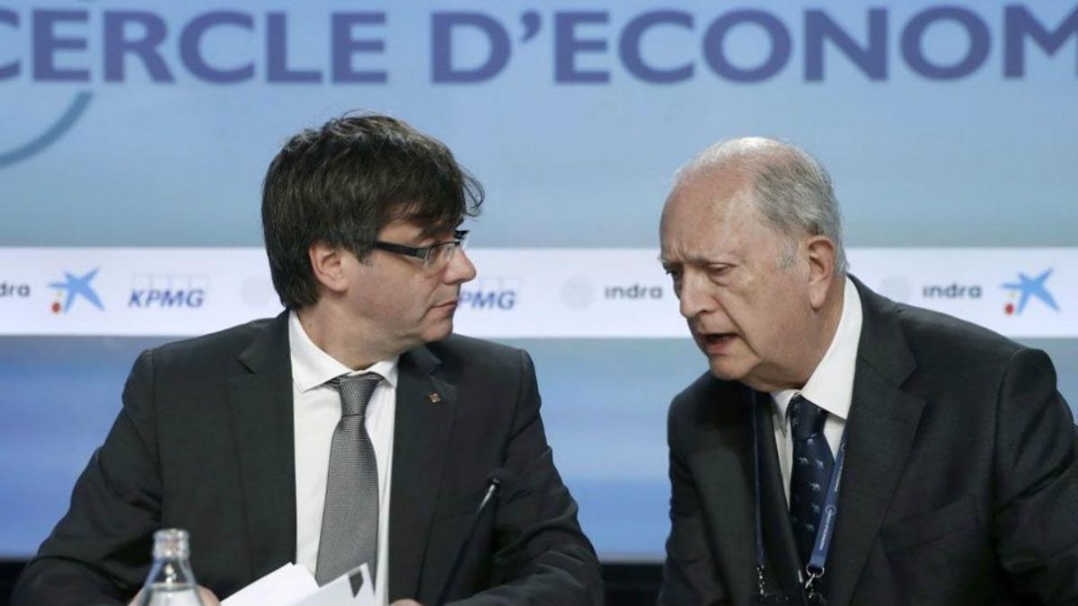 el presidente de la Generalitat, Carles Puigdemont, y el del Círculo de Economía, Juan José Brugera.