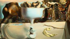'Aparición de un rostro y un frutero en la playa', de Salvador Dalí (1938).