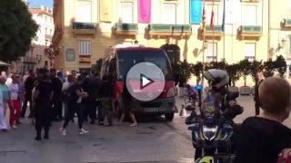 El gobierno valenciano se sube al microbús