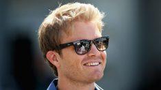 Nico Rosberg ha afirmado que los malos resultados de Alonso los últimos años son simplemente causa de su pésima intuición a la hora de elegir equipo. (Getty)