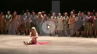 Estreno de 'Carmen' en el Teatro real, en una versión de Calixto Bieito.