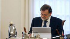 Mariano Rajoy preside un Consejo de Ministros. (Foto: EFE)