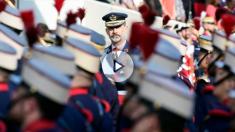 Felipe VI en el desfile de las Fuerzas Armadas del 12-O (Foto: AFP)