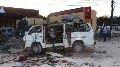 Imagen de archivo de un atentado en Mogadiscio. (Foto: AFP)