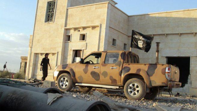 Un vehículo del Estado Islámico (ISIS) en la ciudad siria de Raqqa. Foto: AFP