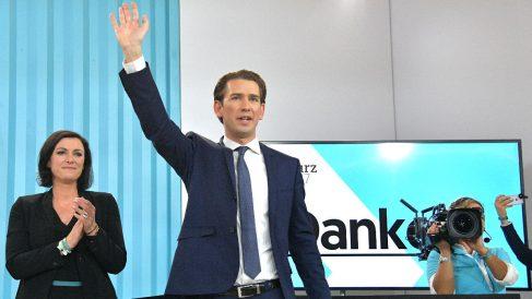 Sebastian Kurz celebra la victoria en las legislativas austriacas (Foto: AFP).