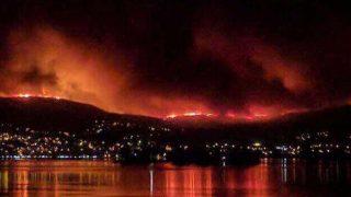 Vigo rodeado por los incendios forestales.