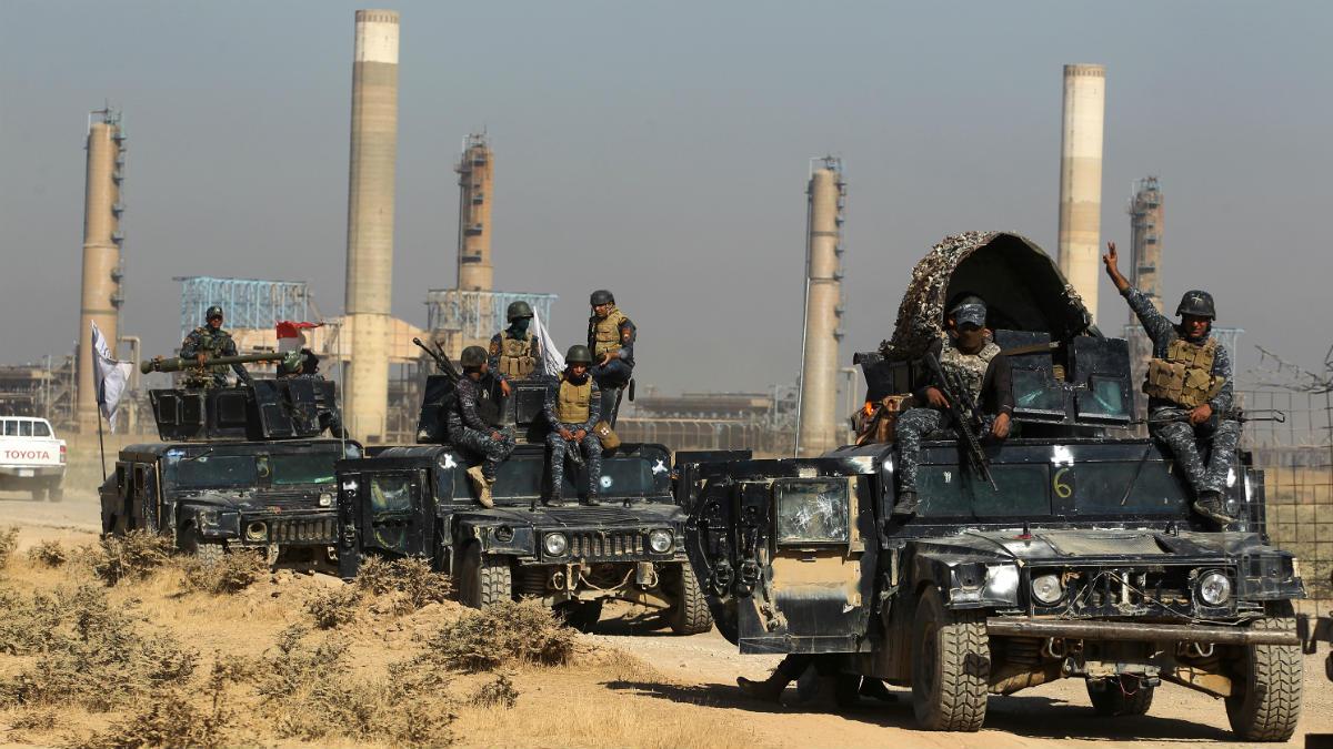 Tropas iraquíes toman un pozo petrolero en Kirkuk. (AFP)
