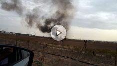 Primera imagen de la columna de humo tras el siniestro del avión junto a la base aérea de Torrejón de Ardoz.