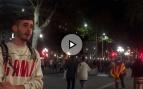 """Los manifestantes en favor de 'los Jordis': """"Los Guardias Civiles agredidos se quedaron encerrados porque quisieron"""""""