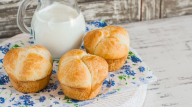 Pan de leche esponjoso, receta casera para un desayuno o merienda de lujo