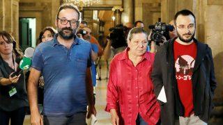 Benet Salellas, Gabriela Serra y Albert Botran. (Foto: EFE)