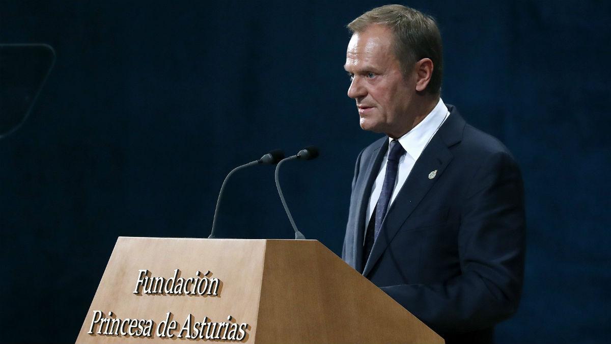 Tusk muy cr tico con boris johnson los pol ticos vienen for Presidente del consejo europeo