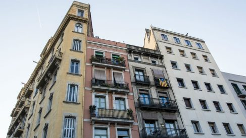 Compraventa de viviendas (Foto: iStock)