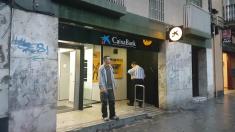 Oficina de Sabadell en Barcelona, este viernes.