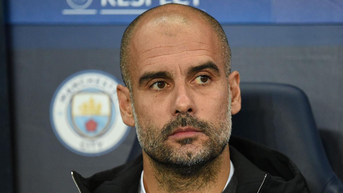 Guardiola durante un partido del City. (AFP)