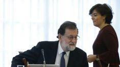 La vicepresidenta Soraya Sánenz de Santamaría y el Presidente del Gobierno, Mariano Rajoy