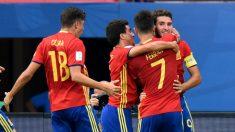 Los jugadores de España celebran un gol ante Irán. (Getty)
