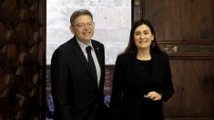 El presidente de la Generalitat, Ximo Puig y la consejera de Sanidad, Carmen Montón. (Foto: EFE)