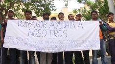 Inmigrantes asiáticos en huelga de hambre en el CETI de Ceuta.