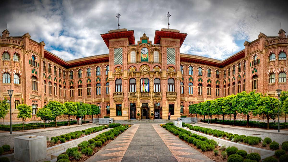 Fachada de la Universidad de Córdoba