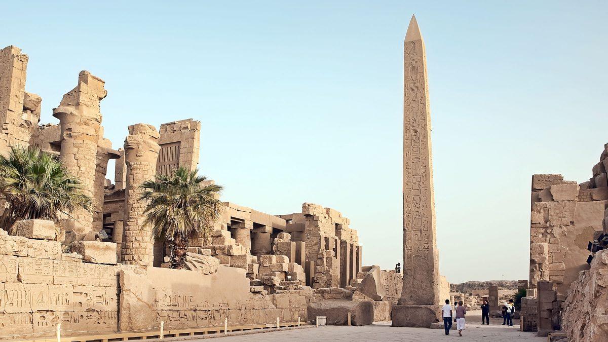 Obelisco de Lúxor en el Templo de Karnak.