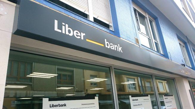 Liberbank se dispara un 5 en bolsa en mitad de la for Oficinas liberbank barcelona