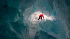 Los detalles sobre el gigantesco agujero hallado en la Antártida