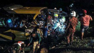 Accidente de autobús en Malasia. Foto: twitter
