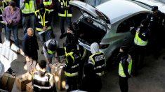 Registro a los mossos en la incneradora de San Adrián