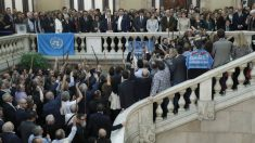Alcaldes independentistas apoyan a Carles Puigdemont.