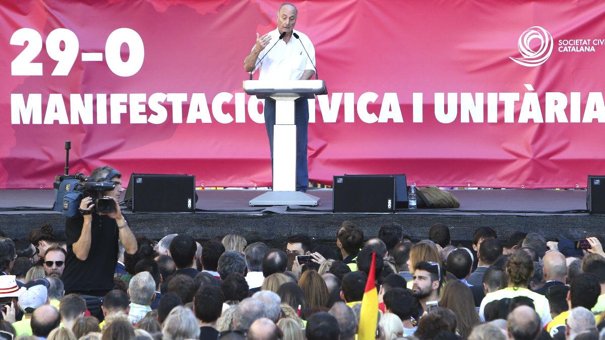 Paco Frutos durante su discurso en la manifestación (Foto: Efe).