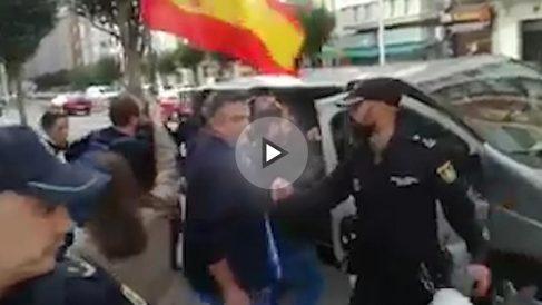 La Policía Nacional protege a Pablo Iglesias en Santander.