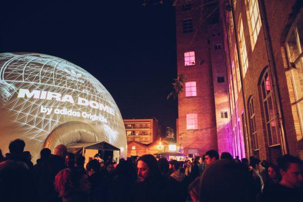 La cúpula inmersiva MIRA Dome donde se realizan proyecciones en 360º.
