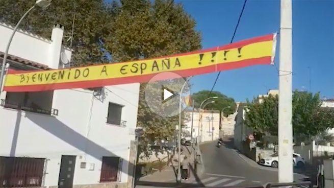 OKDIARIO visita Vila-roja, el barrio de Gerona que reta al independentismo con banderas de España