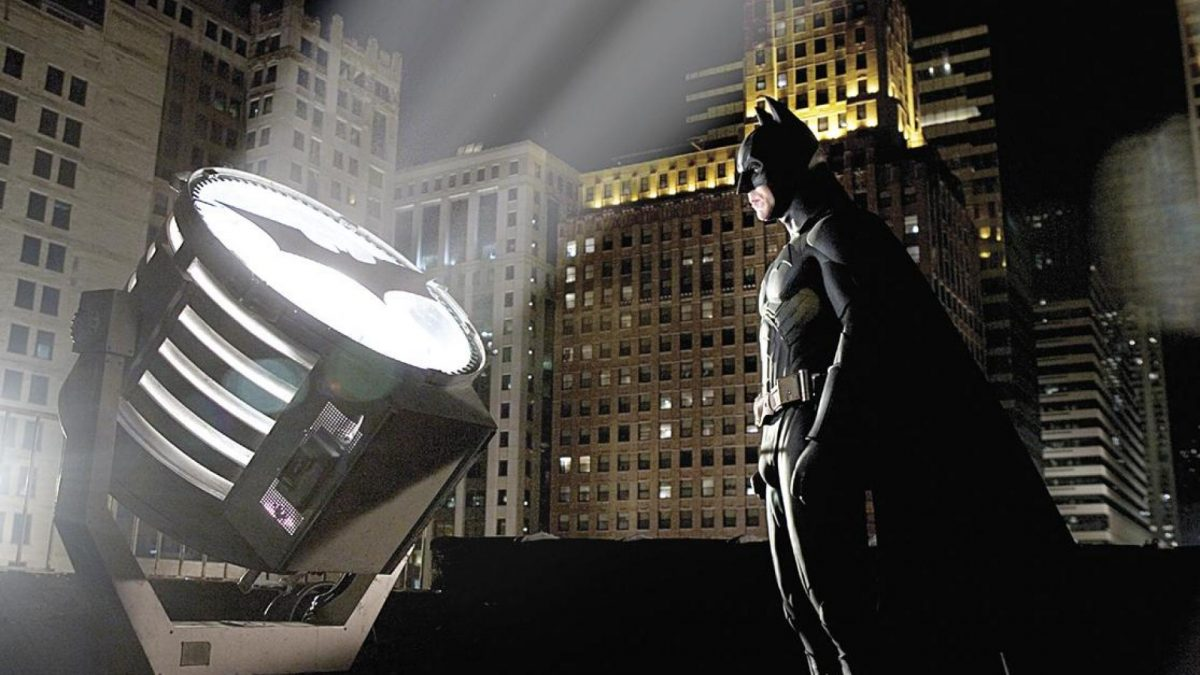 Solo confeccionar el traje de Batman ya nos costaría 1.058.600 dólares.