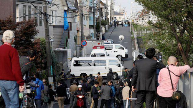 Hallan nueve cadáveres decapitados y descuartizados en un apartamento en Tokio