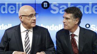 El presidente del Banco de Sabadell, Josep Oliu y el consejero delegado, Jaume Guardiola. (Foto. EFE)