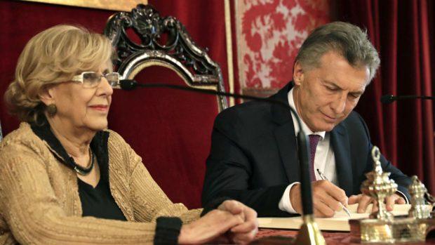 Manuela Carmena y el presidente de Argentina, Mauricio Macri