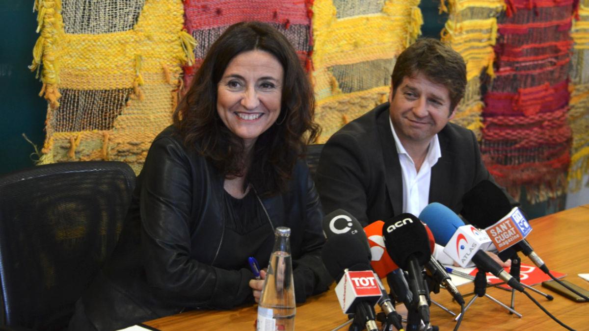 La alcaldesa de Sant Cugat, Mercè Conesa (PDeCAT) y su socio, el edil del PSC, Pere Soler.