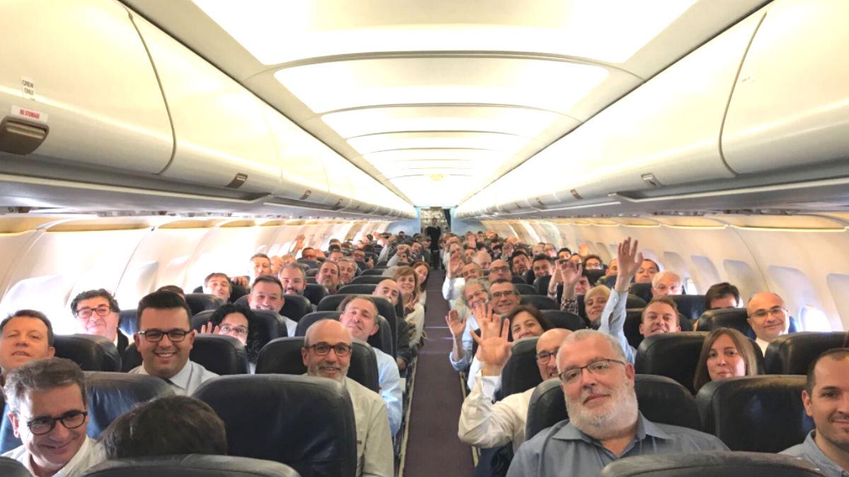 Los 187 alcaldes separatistas que han embarcado rumbo a Bruselas